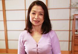 ひとり暮らしするお婆ちゃんの家に泊まりに行こう(9)遠田恵未